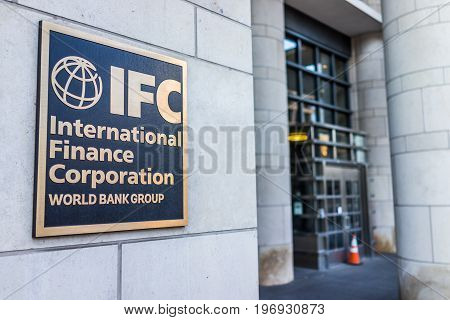Washington Dc, Usa - March 4, 2017: Ifc Entrance With Sign Of International Finance Corporation Worl
