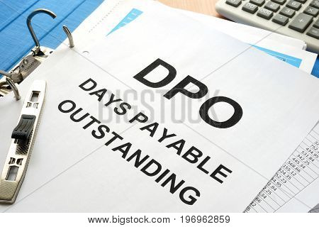 Pile of papers with title Days payable outstanding (DPO).