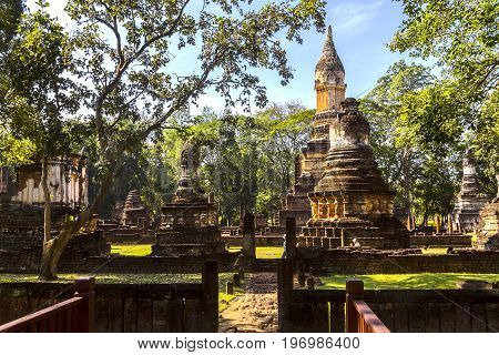 Wat Chedi Chet Thaeo temple and nature in Sisatchanalai Historical Park Sukhothai province Thailand