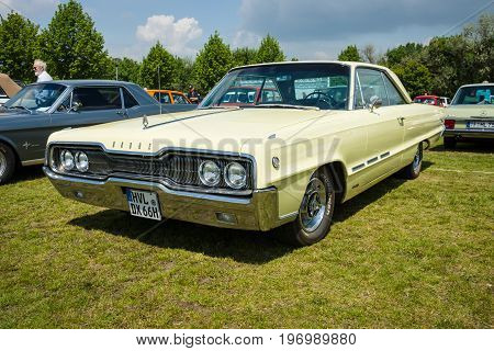 PAAREN IM GLIEN GERMANY - MAY 23 2015: Full-size automobile Dodge Monaco. The oldtimer show in MAFZ.