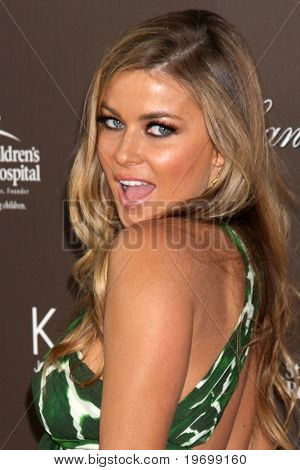 LOS ANGELES - JUL 22:  Carmen Electra arrives at the Neil Lane Bridal Collection Debut at Drai's at The W Hollywood Rooftop on July22, 2010 in Los Angeles, CA ....