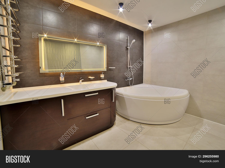 Luxury Bathroom French Image Photo Free Trial Bigstock