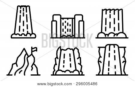 Cascade Icons Set. Outline Set Of Cascade Vector Icons For Web Design Isolated On White Background