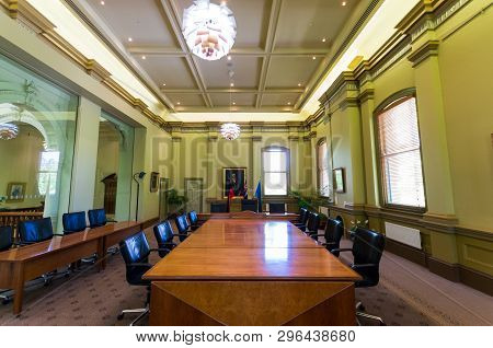 Bendigo, Australia - October 28, 2018: Modern Council Chambers In The Bendigo Town Hall, Seat Of The