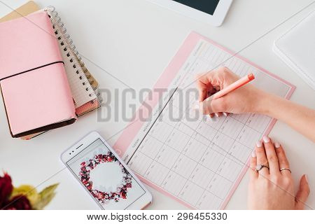 Social Media Marketing. Smm Expert Woman Scheduling Job. Agenda Priorities. Office Supplies And Smar
