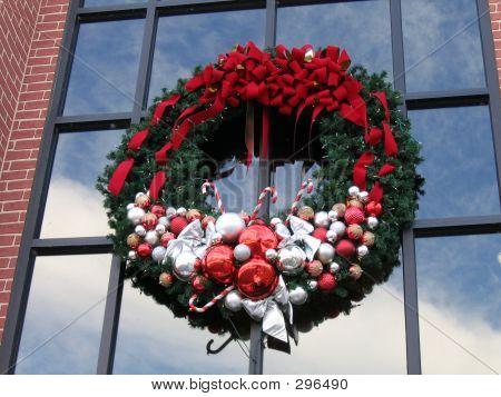 Large Wreath