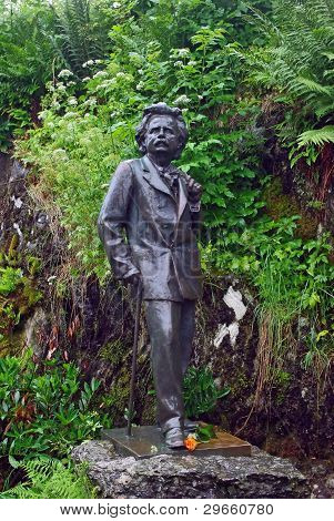 Statue of Edward Grieg near by his house in Bergen