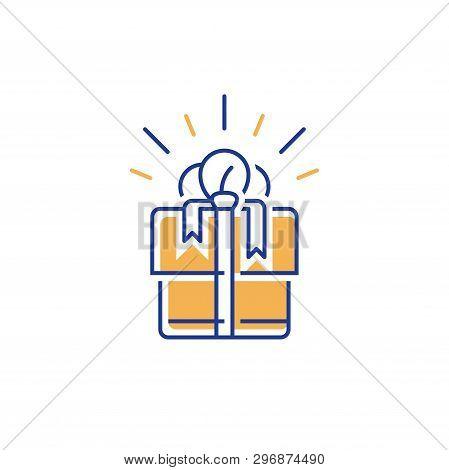 Line Design Gift Box, Surprise Present, Win Special Prize, Redeem Gift, Loyalty Program, Earn Reward