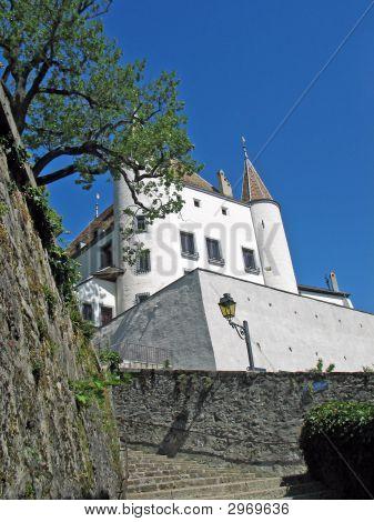 Nyon White Castle