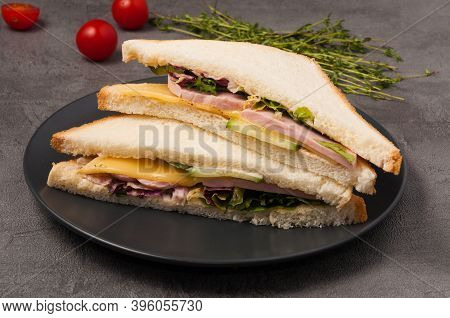 Sandwich With Ham Cheese And Vegetables. Quick Healthy Breakfast