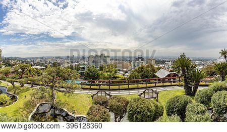 Los Angeles, Usa - Mar 5, 2019: Scenic View From Hollywood Hills To Hollywood Downtown.