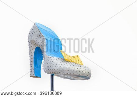 Las Vegas,  Usa - March 10, 2019: The Iconic Silver Slipper Neon Sign Downtown Las Vegas, Near The P