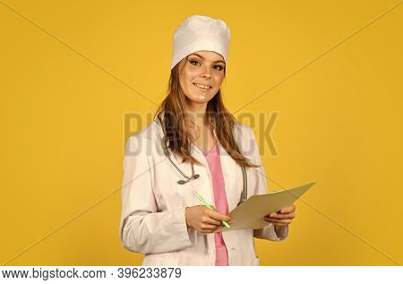 In Search Of Right Medical Solution. Therapist Writing Prescription. Doctor Need Expert Advice. Nurs
