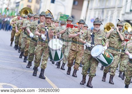 National Parade Of Alpine Corps A Fanfare