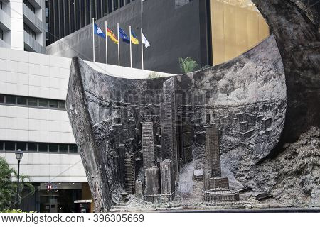 Singapore- 20 Nov, 2020: Progress And Advancement Sculpture At Raffles Place. The 9-tonne And 8.5m H