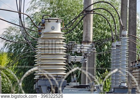Power Plant Equipment - Circuit Breakers And High Voltage Switches, Background