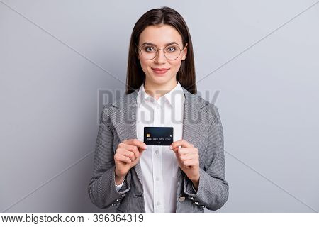 Photo Of Attractive Business Lady Confident Manager Hold Plastic Credit Card Bank Novelty Platinum G