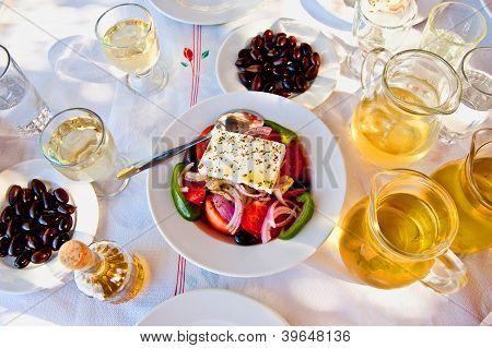 Greek Salad With White Wine