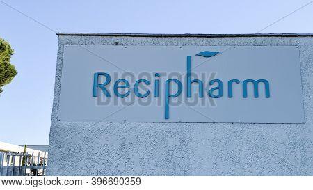 Bordeaux , Aquitaine  France - 11 21 2020 : Recipharm Sign Logo Coronavirus Laboratory Chosen By Mod