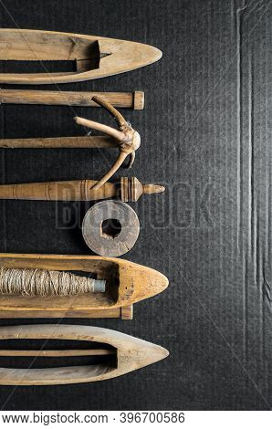 A Set Of Original Antique Wooden Weaving Tools, Hand Weaving Shuttle. Spindle, Manual Spinning