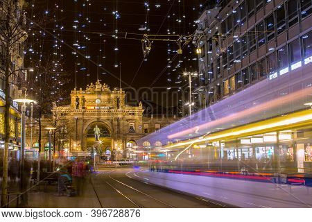 Zurich, Switzerland - December 26. 2019: The Christmas Illumination On The Bahnhofstrasse With A Pas