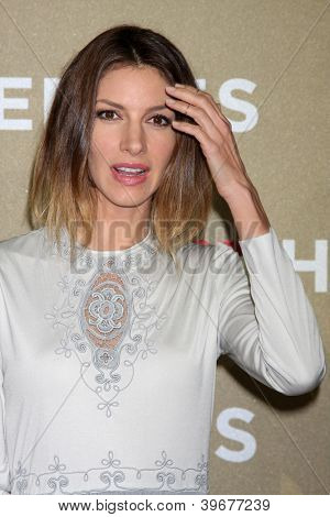 LOS ANGELES - DEC 2:  Dawn Olivieri arrives to the 2012 CNN Heroes Awards at Shrine Auditorium on December 2, 2012 in Los Angeles, CA