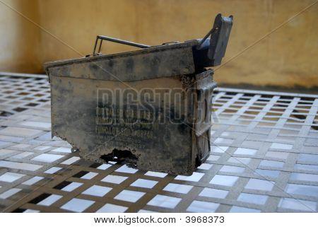 Old U.S. Shell Box