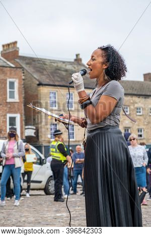 Richmond, North Yorkshire, Uk - June 14, 2020: A Powerful Black Woman Speaks At A Black Lives Matter