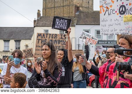 Richmond, North Yorkshire, Uk - June 14, 2020: A Group Of Black Lives Matter Protesters Cheering At