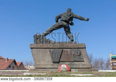 Ljig, Serbia - March 17, 2017: Yugoslav Partisan Soldier Bomber War Monument In Ljig, Serbia.