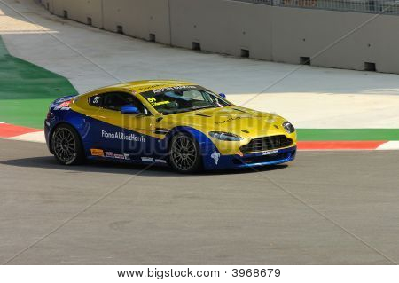 Aston Martin Asia Cup In Singapore Grand Prix 2008.