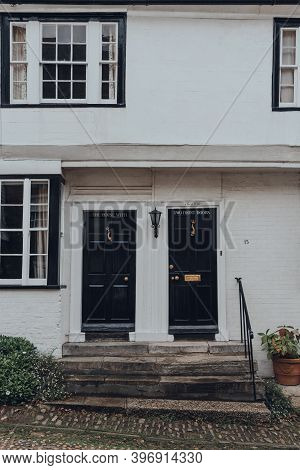Rye, Uk - October 10, 2020: Facade Of The House With Two Front Doors, A Fifteenth Century Bed And Br