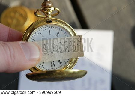 Sales Growth Idea. Inscription And Gold Pocket Watch.
