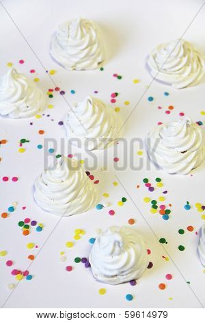 Meringue Sprinkles Vertical