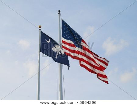 United State flag and South Carolina flag