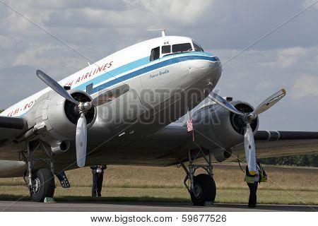 DC 3 dutch airplane.