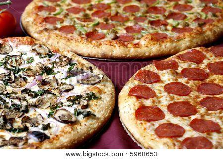 family combo pizza