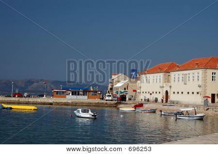 Island Port