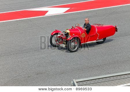 BARCELONA- MAY 9: parade of pilots before a stage of race the Formula 1 Grand Prix at autodrome