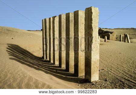 5 Pillars Of Moon Temple Near Marib