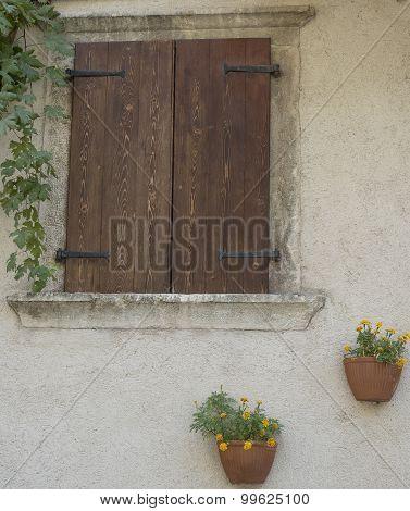 Lemon On The Garda. Window And Flowers.