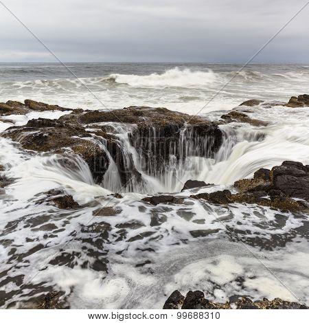 Thor's Well, Oregon Coast