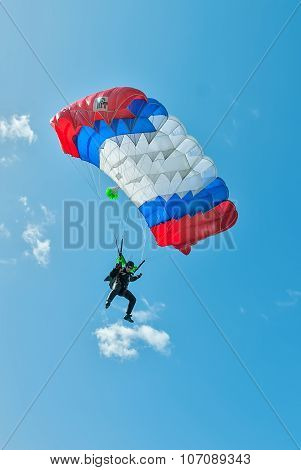 Paratrooper man descends