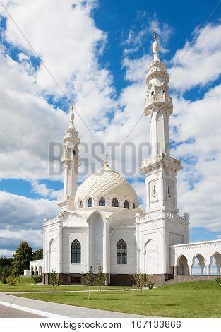 Beautiful White Mosque