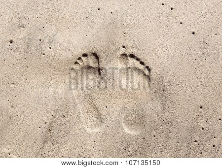 Save Footprints in the Sand
