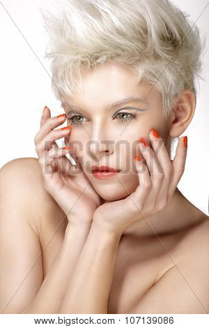 Beauty Blonde Model Hairstyle Perfect Makeup And Manicure