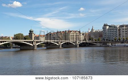PRAGUE, CZECH REPUBLIC-SEPTEMBER 05, 2015: Photo of Jirásek bridge and embankment Masaryk.