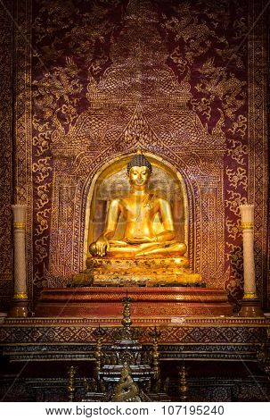 Over 300 Year Old Buddha Statue  In Thailand.
