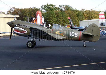 Airshow 779