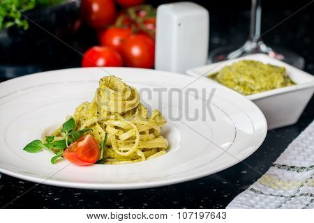 Pasta Spaghetti With Pesto